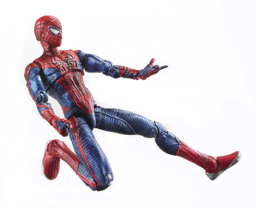the amazing spider man reveals first action figure. Black Bedroom Furniture Sets. Home Design Ideas