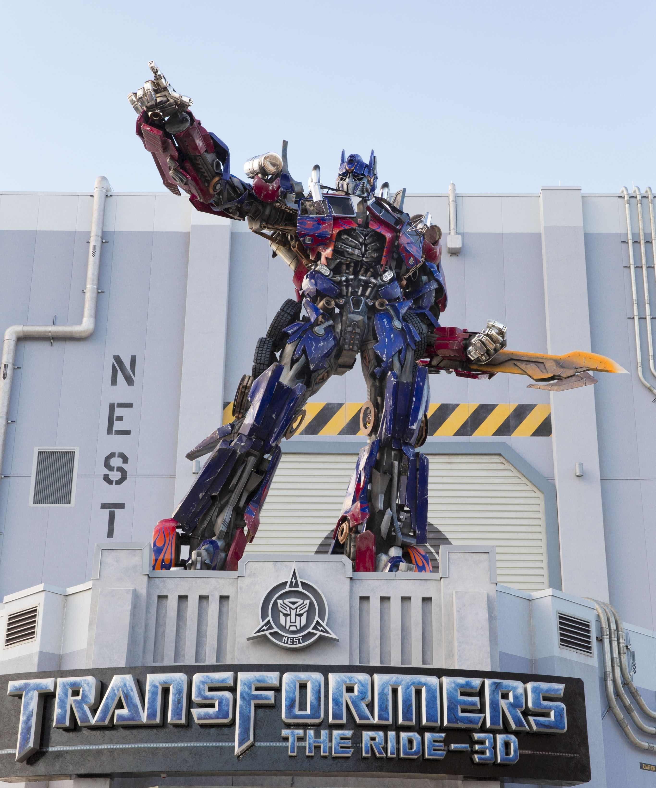 Life-Size Optimus Prime Added to the Entrance of Transformers: The ...