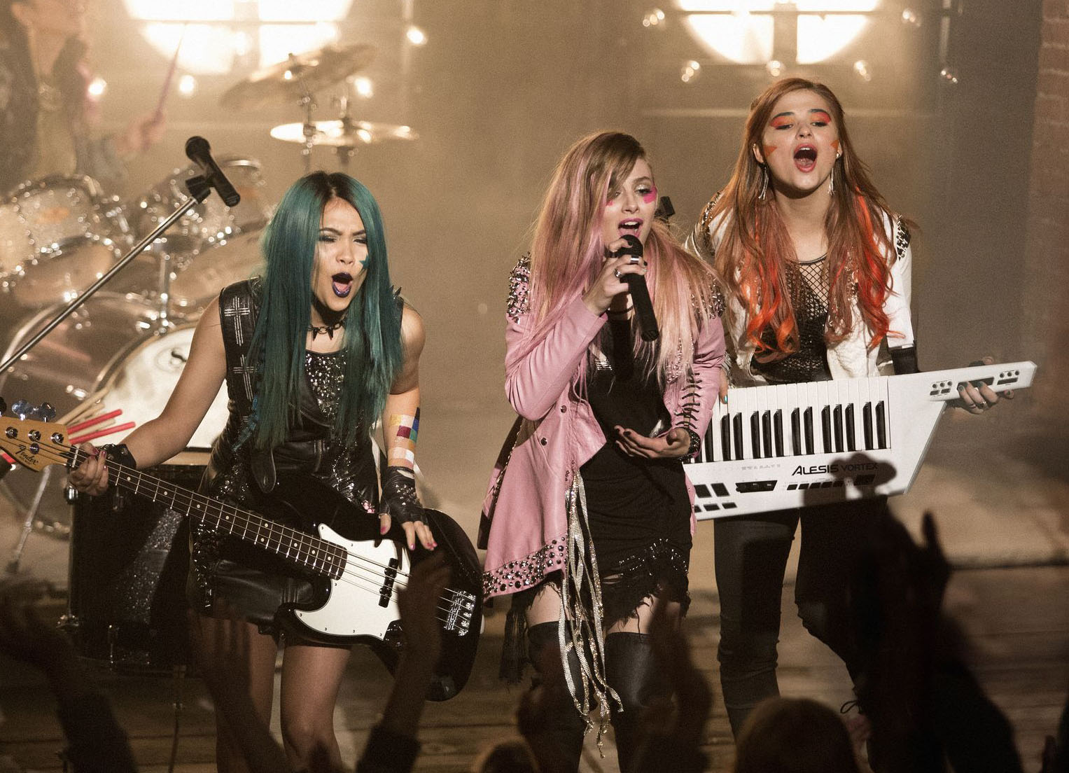 Stefanie Scott Explains Why Jem and the Holograms Fans Need to Be Patient