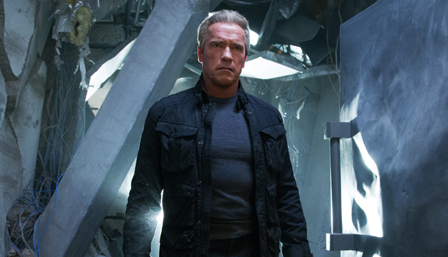 Check out a new Terminator Genisys featurette.