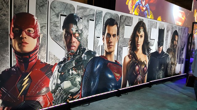 2017 Movie Posters: Licensing Expo 2017: Justice League Costumes, New Movie