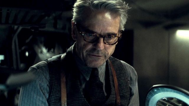 Jeremy Irons' Watchmen Role Revealed, Jean Smart Added to the Cast