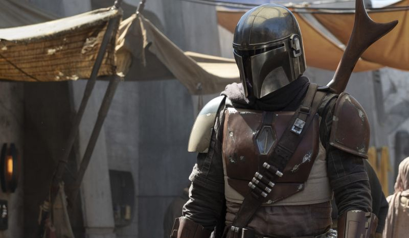 First Photo from The Mandalorian, Director List Revealed!