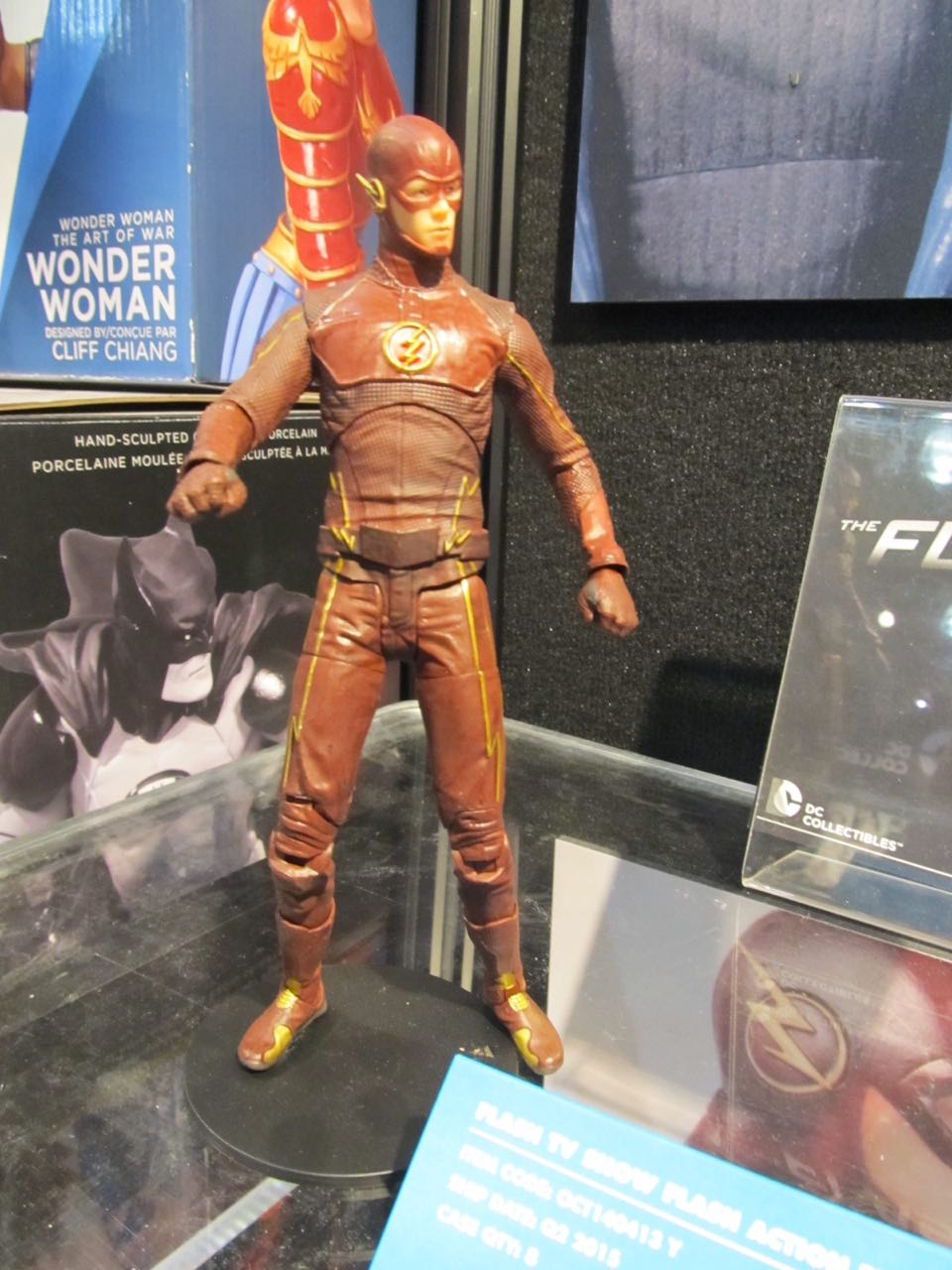 dc-collectibles-038