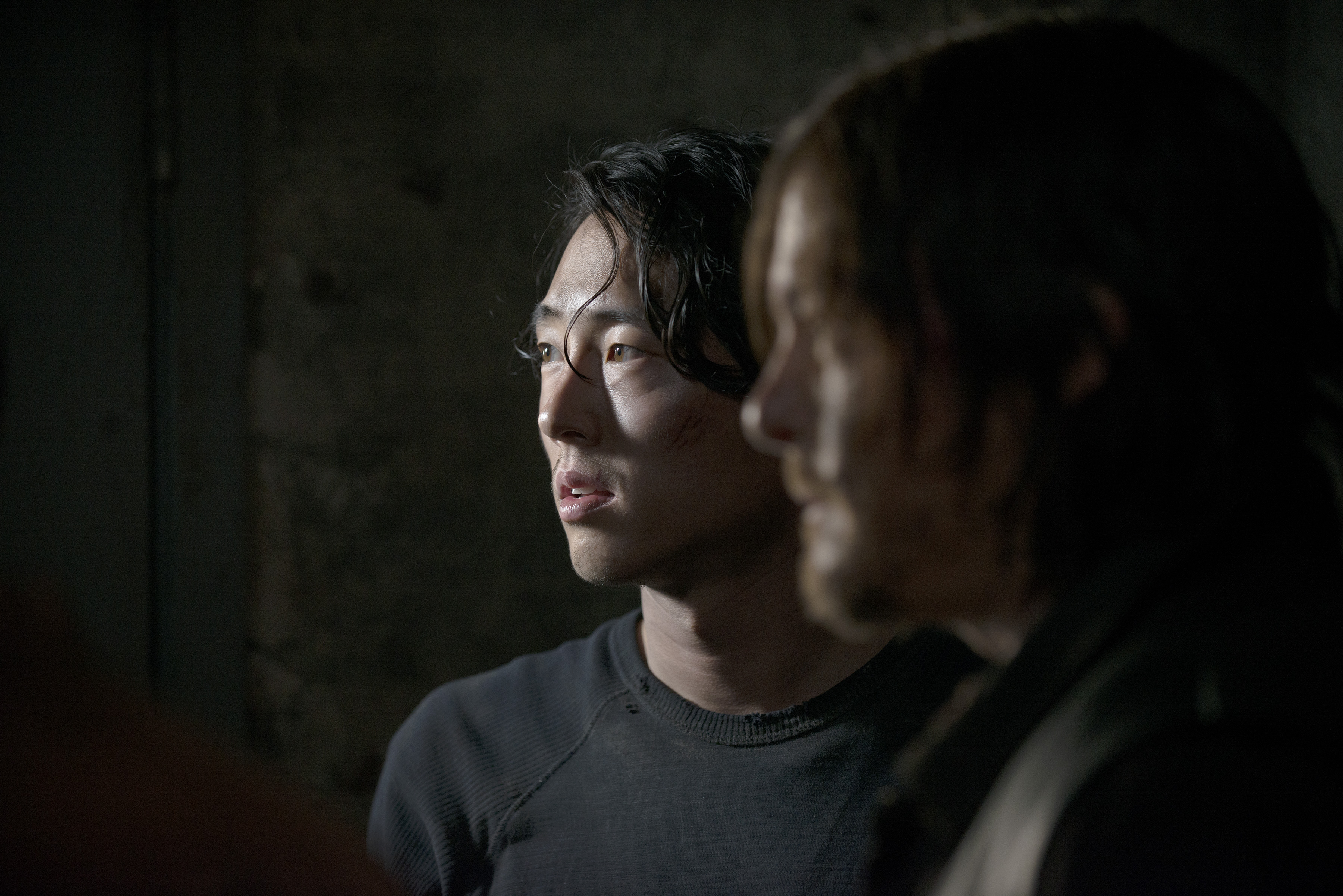 Steven Yeun as Glenn Rhee and Andrew Lincoln as Rick Grimes - The Walking Dead _ Season 5, Episode 1 - Photo Credit: Gene Page/AMC